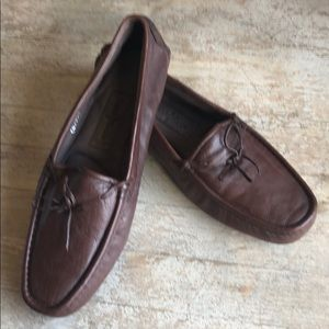 😎New Cole Haan  Travel Brown Leather slippers 11